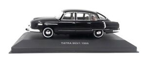 Metal-maqueta-de-coche-1-43-Tatra-603-1960-negro-checo-foxtoys-made-by-es