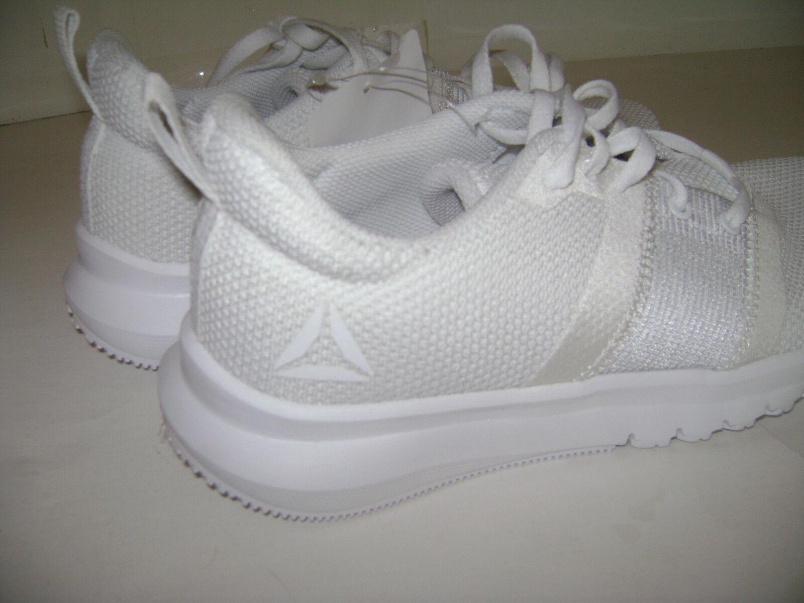 NIB REEBOK WOMEN SNEAKERS SHOES CN1089 RUNNING size 7.5 WHITE CN1089 SHOES 0f2395