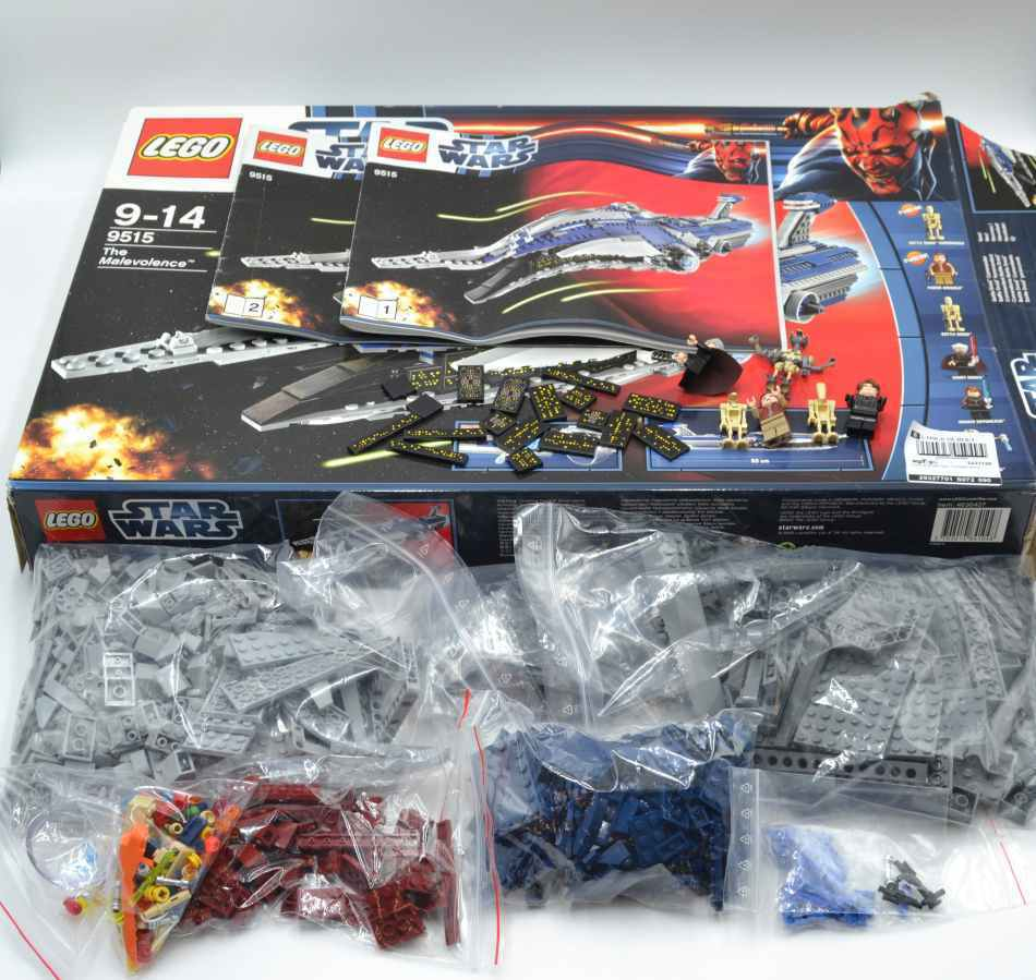 Lego set 9515 Star Wars con ba the Malevolence with instruction & Box