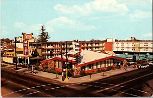 Vintage C 1950s Imperial 400 Motel 30th Street Sacramento California CA Postcard
