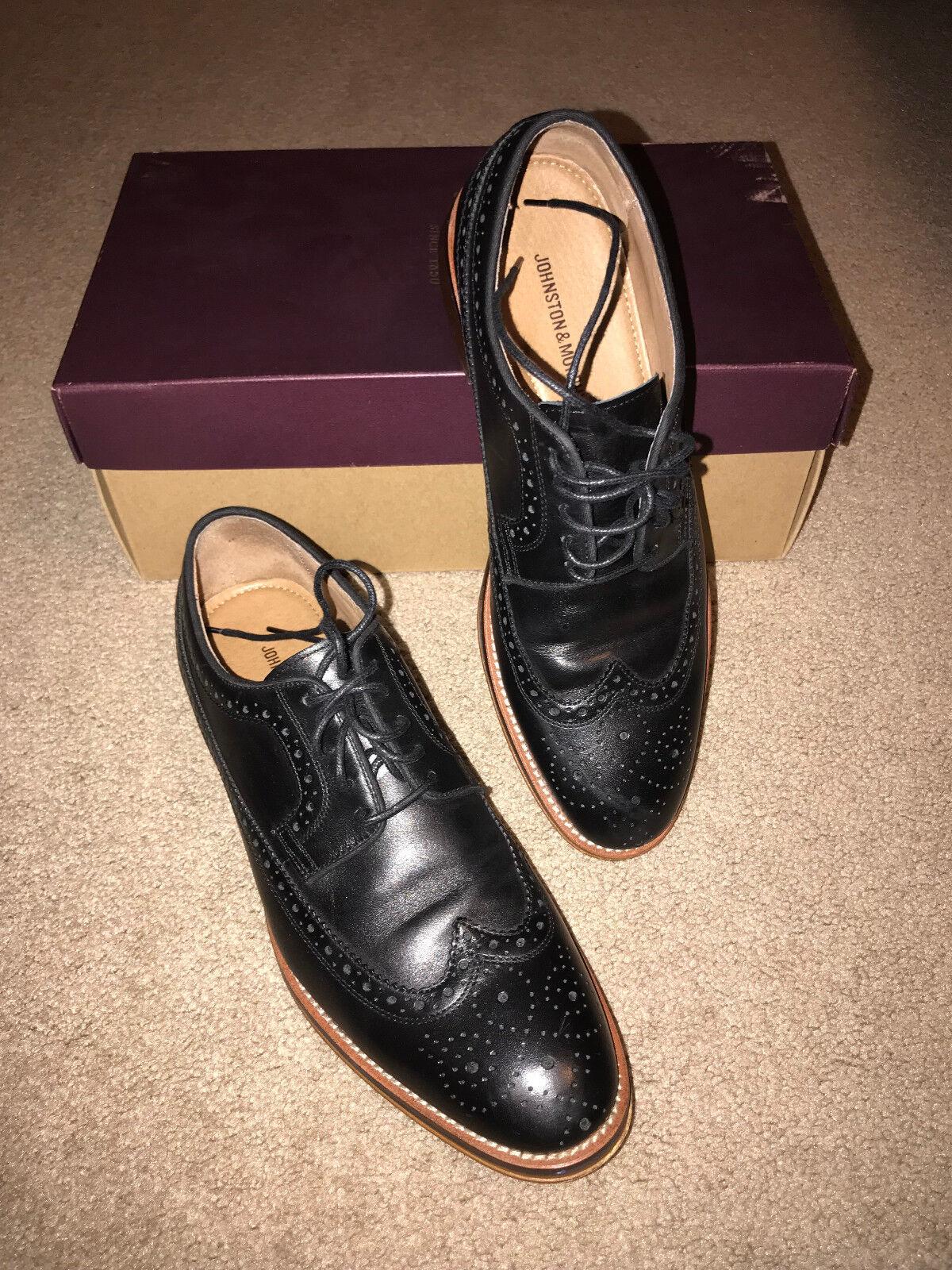 Johnston & Murphy Men's Conard Black Calfskin Wingtip shoes 8 1 2 M