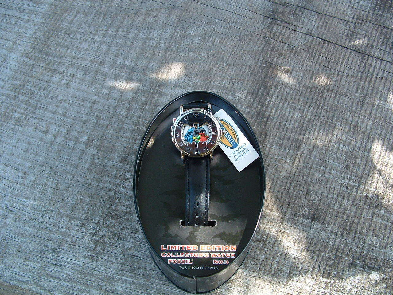 Nueva marca BATMAN  3 DC COMICS Collector's FOSSIL Reloj con original caja de hojalata