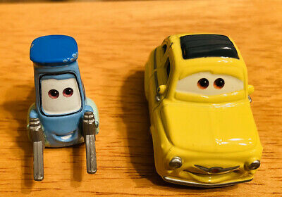 2006 Disney Pixar Original Movie Cars Luigi Guido Diecast Toys