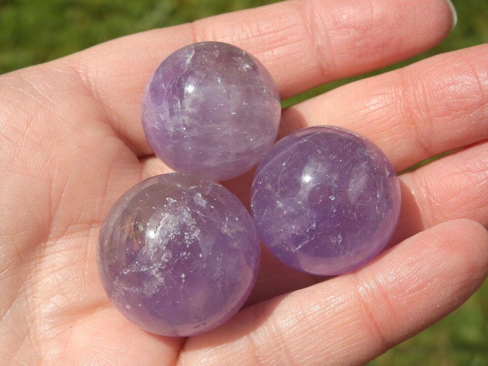Smykker og sten, Portion med 3 ametyst kugler