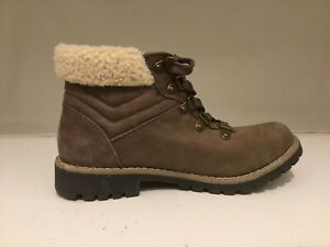 6 Med brown suede excellent condition