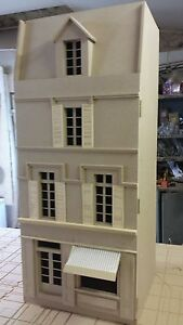 12th-scale-French-Shop-4-Storeys-Readymade-version-by-DHD