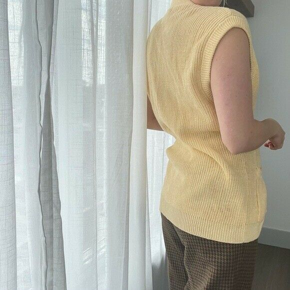 Vintage Butter Yellow Chunky Knit Sweater Vest - image 3