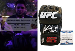 Henry-Cejudo-Triple-C-Signed-Autographed-UFC-Glove-Inscrip-MMA-Proof-Beckett-BAS