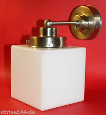 Wandlampe BAUHAUS KUBUS WÜRFEL Designleuchte Entwurf 1930 Opalglas mit silber