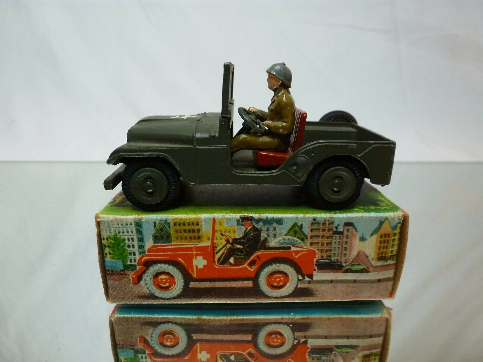 TEKNO DENMARK 814 WILLYS MILITARY JEEP - ARMY vert 1 43 RARE - EXCELLENT IN BOX