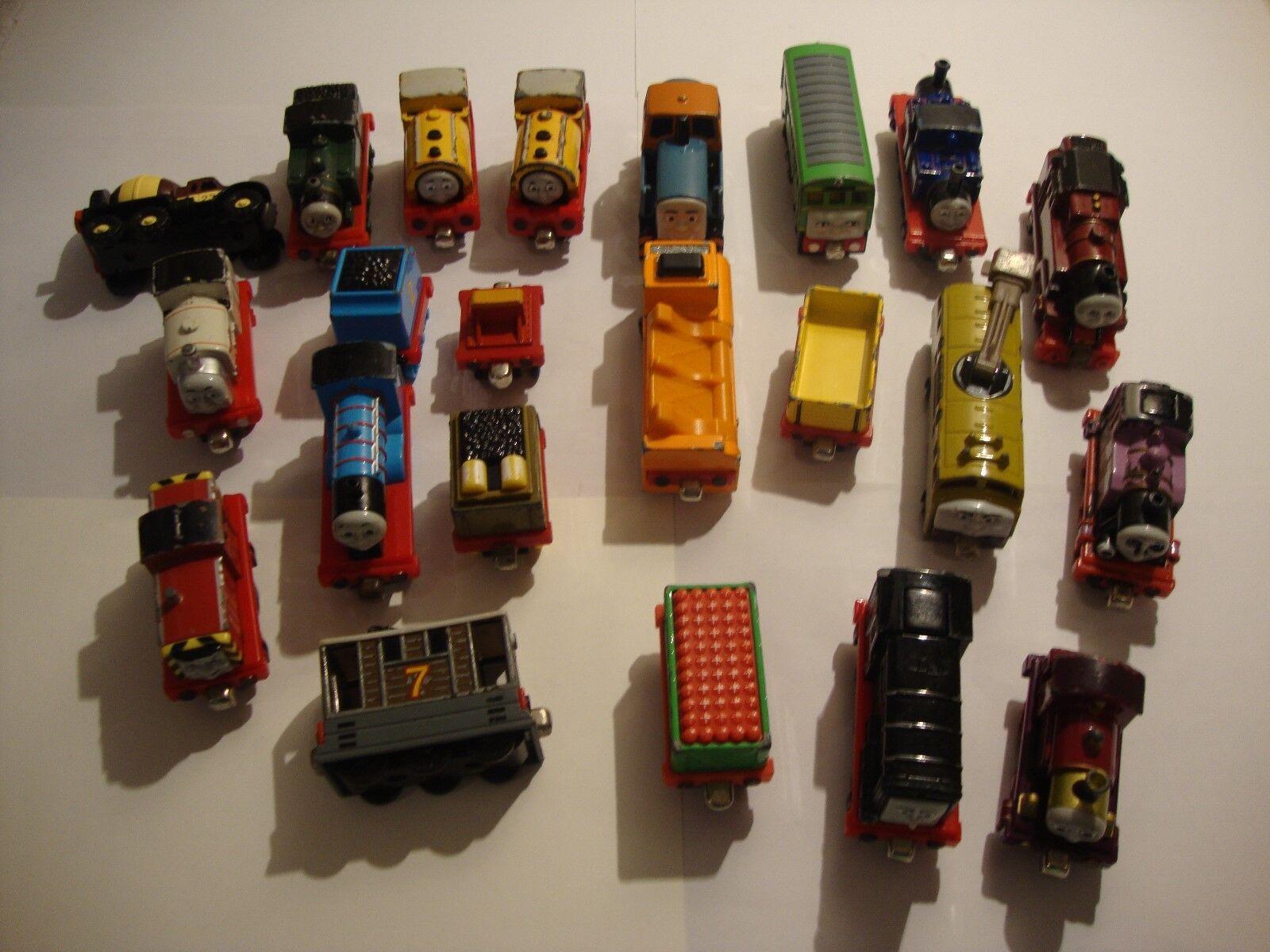 Thomas The Tank Engine Take n Play Bundle 21 items