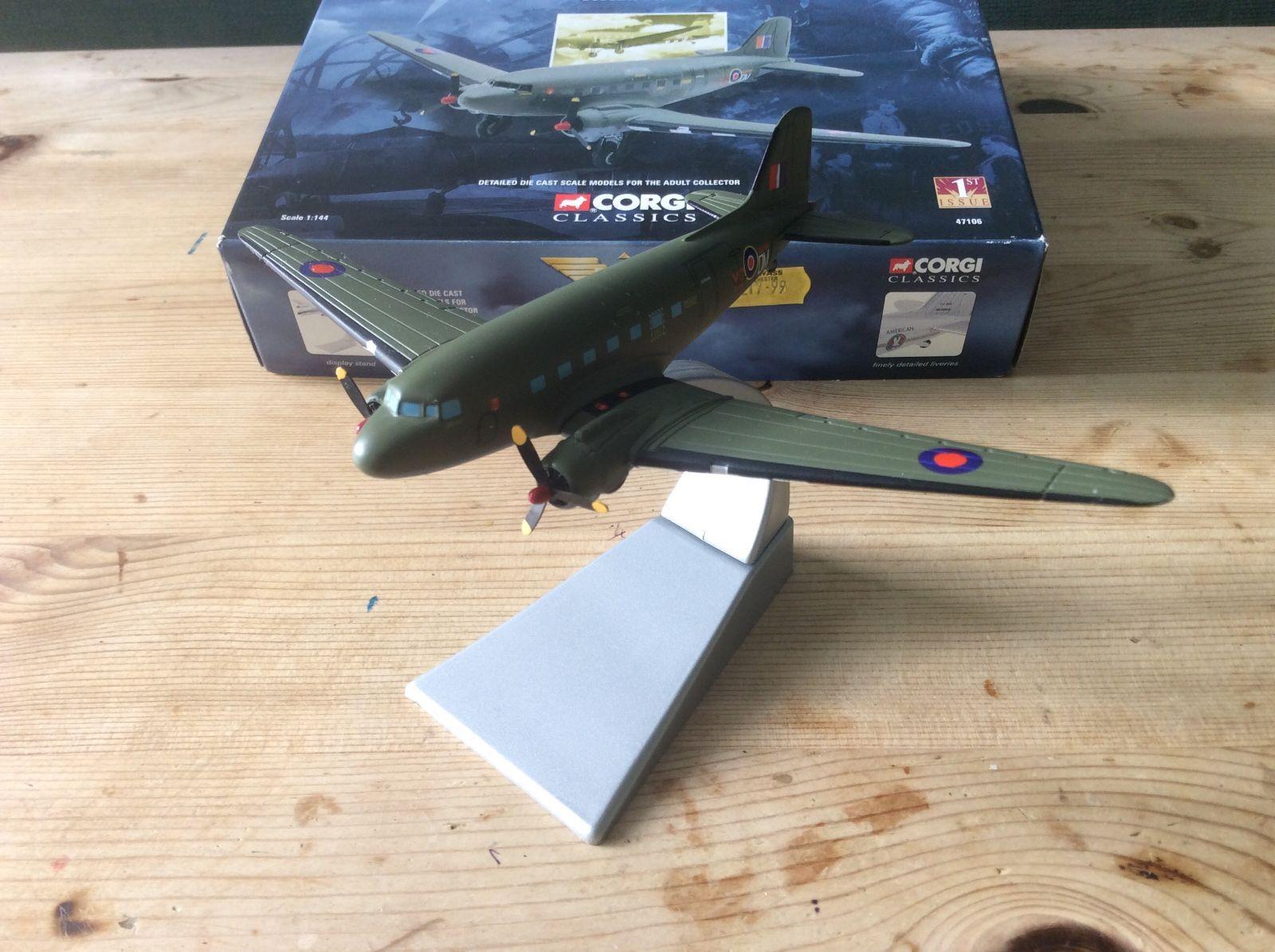 Douglas DC3 - RAF Battle of of of Britain Mem  Corgi Aviation 47106 MIB - 1 144 Scale dfaddf