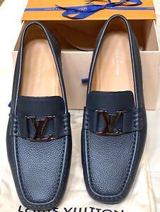 New Men's Louis Vuitton Montaigne