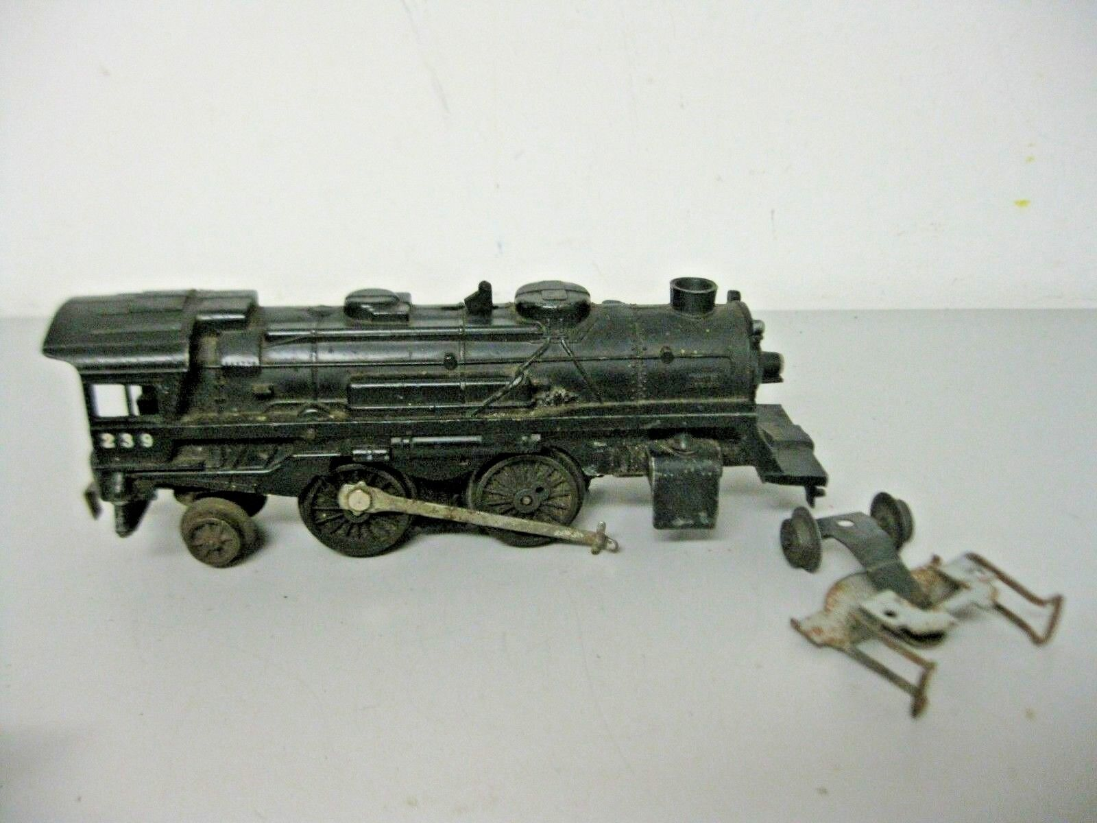 Lionel Corp Postwar 2-4-2 Locomotive O Gauge Parts or Repairs