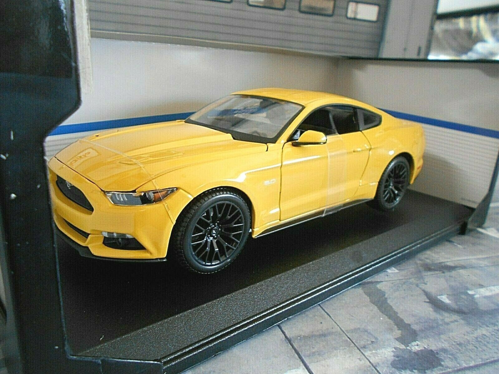FORD Mustang GT Coupe 2015 yellow yellow yellow yellow V8 Muscle Car US Maisto 1 18 c9b4df