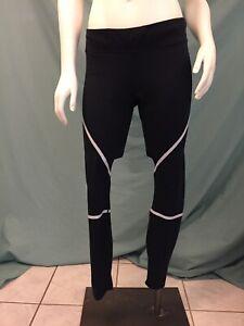 plus grand choix de plus gros rabais vif et grand en style Details about H&M Sport - Black Fitness Leggings - Light Reflective Strip -  Womens Size Large