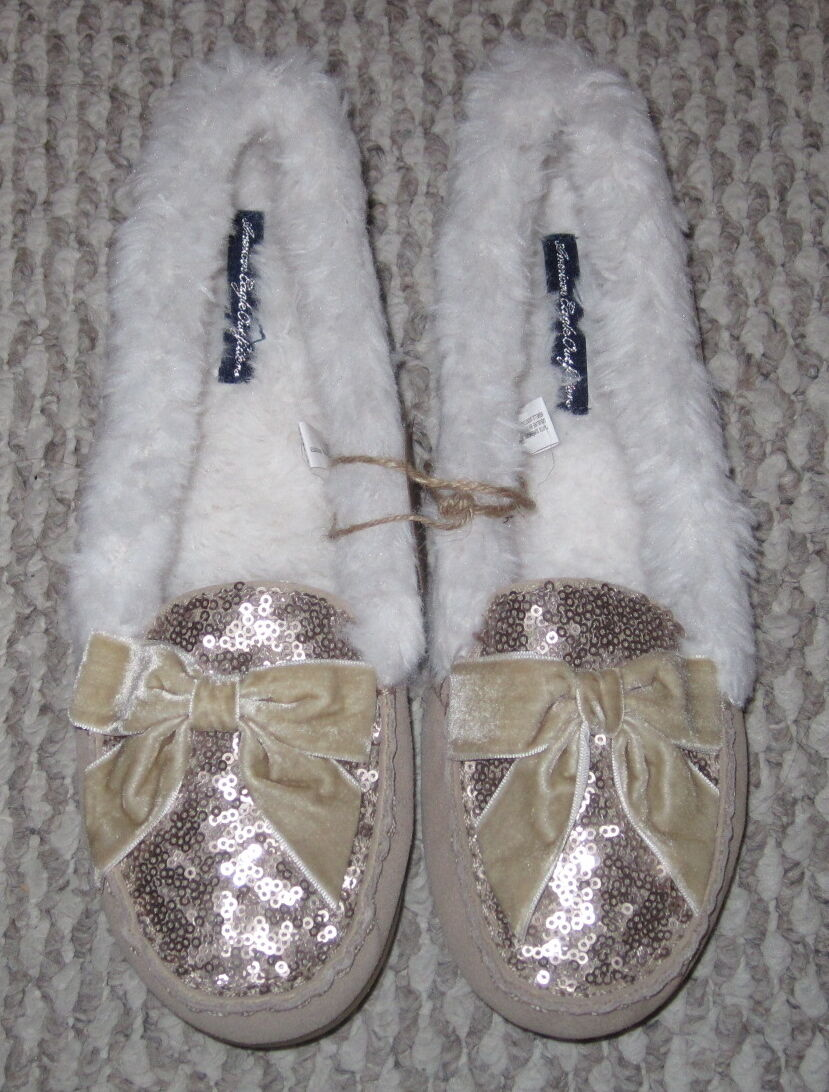 NWT AMERICAN EAGLE SEQUIN BLING BOW BEIGE SAND SUEDE SHEARLING MOCCASIN SLIPPERS