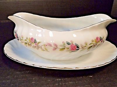 Creative Regency Rose Gravy Boat with attached UnderPlate 2345 EXCELLENT!