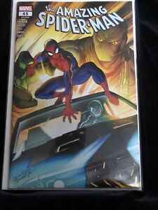AMAZING-SPIDER-MAN-45-WALMART-EXCLUSIVE-VARIANT-Unread-NM-issue