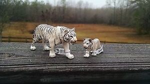 WHITE-TIGER-AND-CUB-by-Schleich-toy-14731-14732-NEW-2015-WILDLIFE