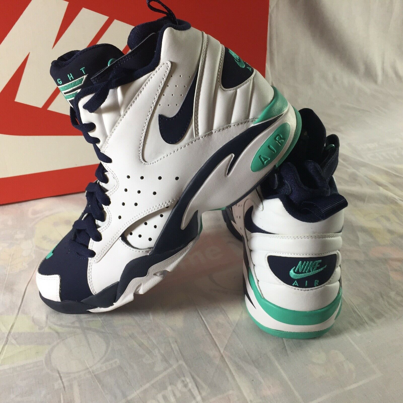 Nike Air Maestro II LTD LTD LTD Men's Size 10.5 Basketball shoes Jade White Obsidian NEW cf63fd