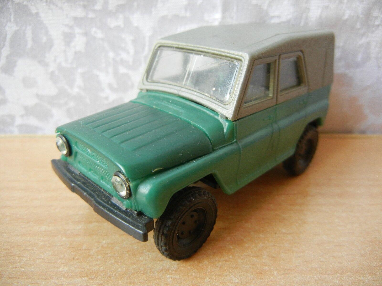 Vintage toy soviet car UAZ 469 M plastic model Military equipment USSR 1 43
