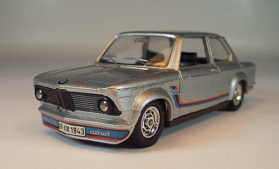 Solido France 1 43 Nº 28 BMW 2002 Turbo Berline  Argent Métallique  6790  jusqu'à 65% de réduction