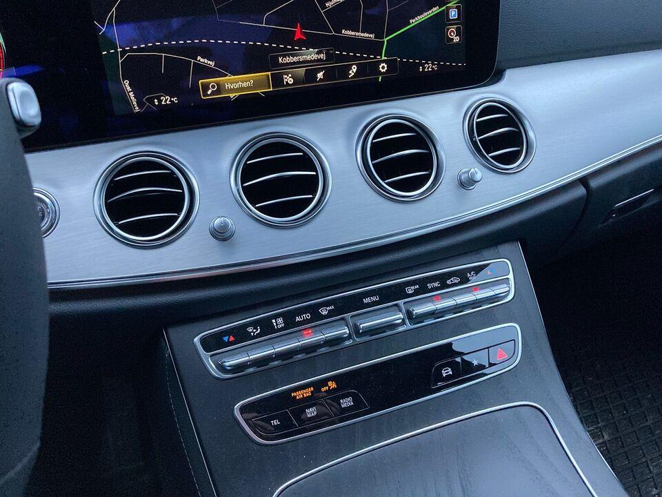Mercedes. E. 220. D. Advantage