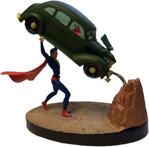 SUPERMAN - 7.5  Action Comics Premium Motion Statue (Factory Entertainment)