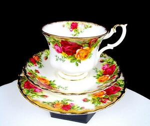 """ROYAL ALBERT OLD COUNTRY ROSES MONTROSE FLUTED 2 3/4"""" CUP & SAUCER TRIO 1962"""