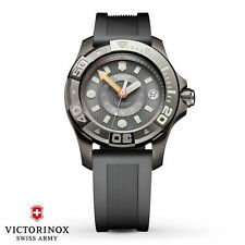 Victorinox Swiss Army Mid-Size 241555 Dive Master 500 Meters Watch