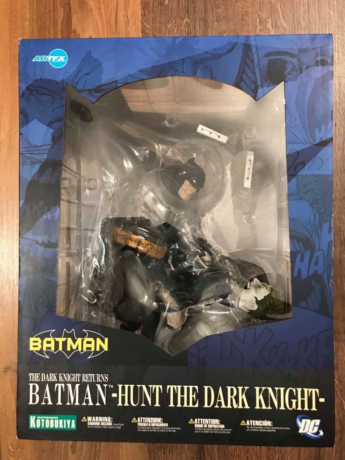 Kotobukiya ArtFX Statue  The Dark Knight Returns  Batuomo  -Hunt The Dark Knight-  Prezzo al piano