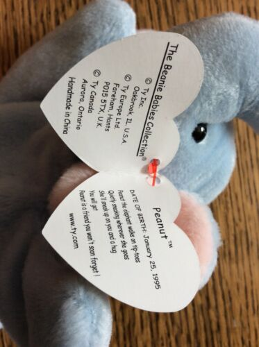 995e7202552 RARE MINT MAKE AN OFFER Peanut Light Blue Ty Beanie Baby Babies ...