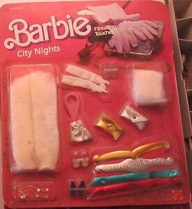 Robes de Barbie Outfit City Night Touches de Finition 2773 Mattel Années 80