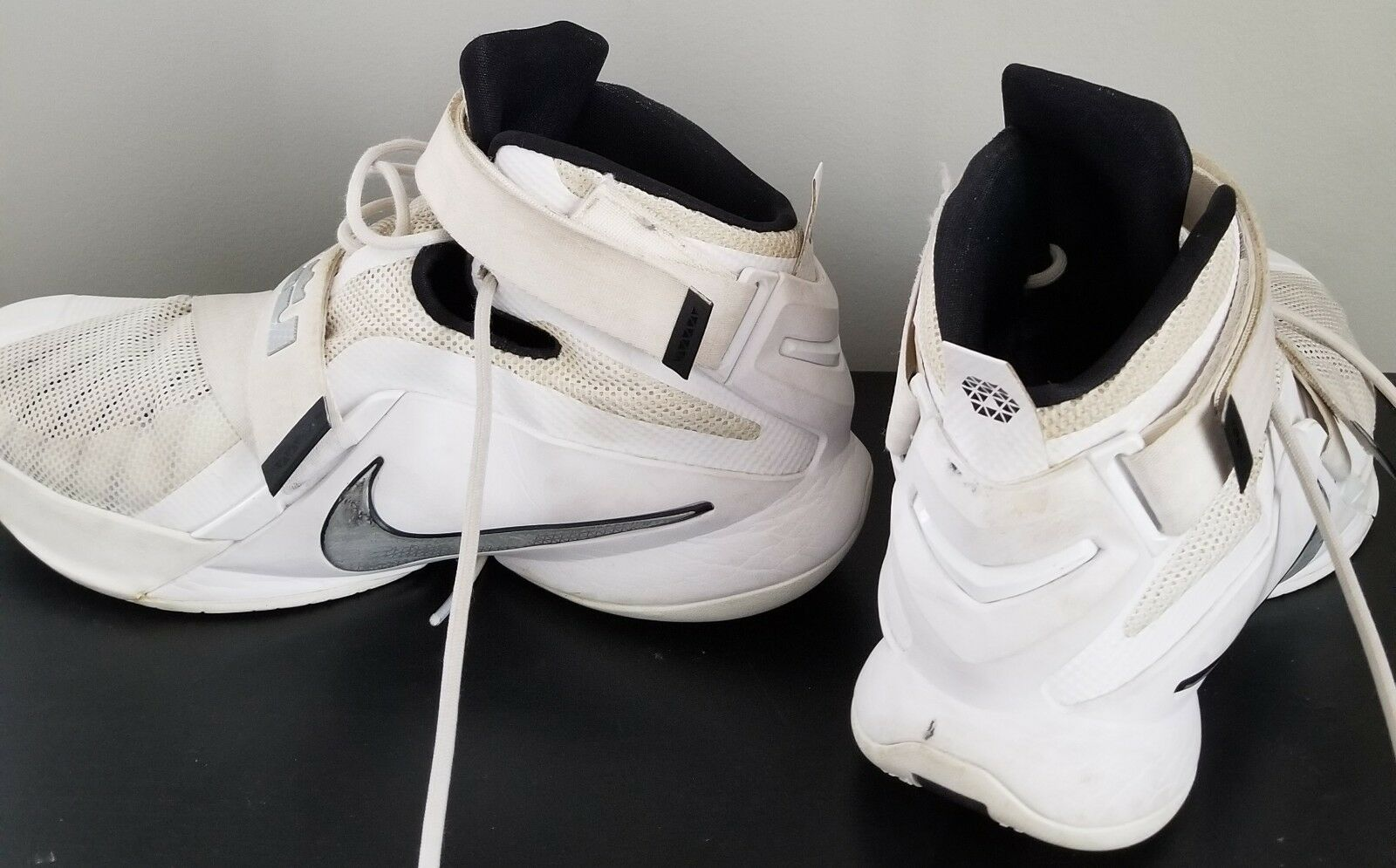 Nike Lebron Zoom Soldier IX 9 White Mens Basketball Shoes 749498-100 Size 14