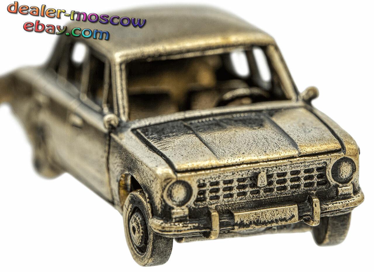 Bronze Solid Brass Keychain Soviet Car VAZ-2101 USSR Fiat 124 Keyring IronWork