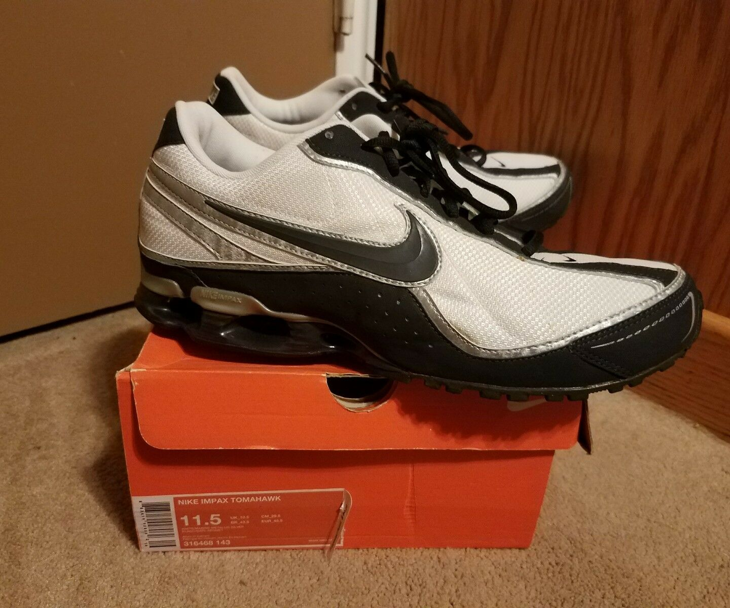 Casual wild Mens Nike Impax Tomahawk size 11.5