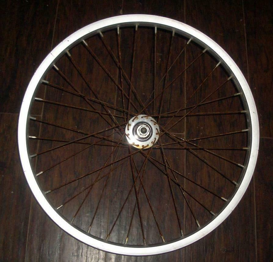 Vintage BMX   A a 20 x 1.5 Small Flange Sunshine Gyromaster 82 36 Hole Wheel  trendy