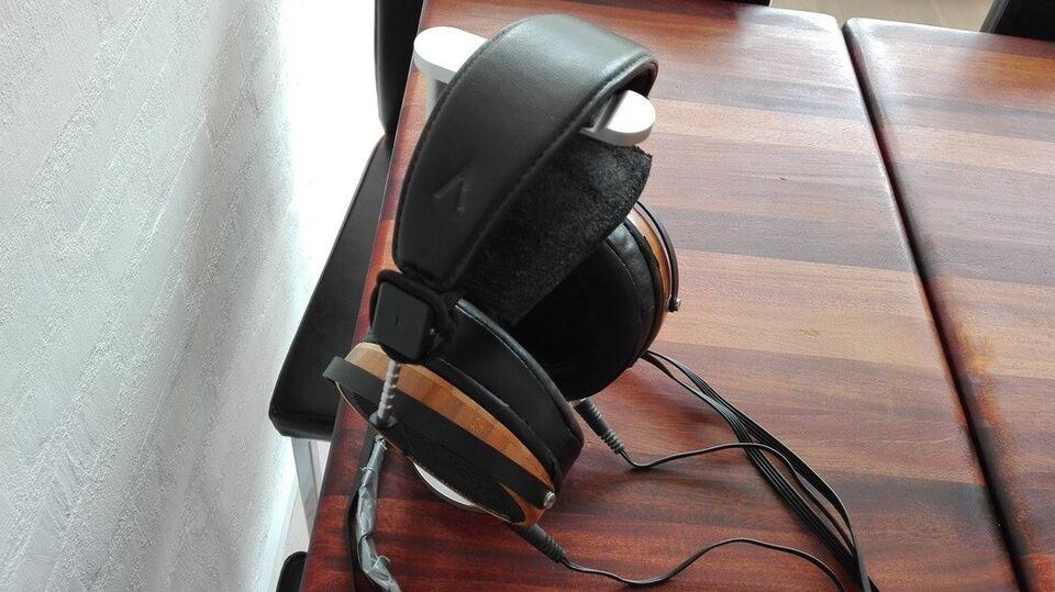 HiFi / DJ hovedtelefoner, Andet mærke, Audeze LCD-2