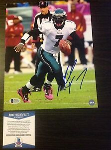 Michael-Vick-Autographed-8-X-10-Photo-PHILADELPHIA-EAGLES-Beckett-Authenticated