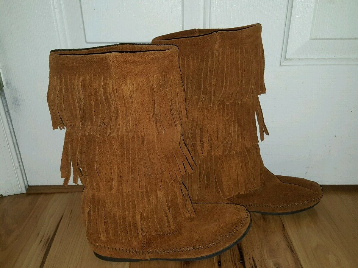 Minnetonka Women's Sz. 8 3-layer Fringe Boots Brown Camel Style 1632 EXCELLENT!