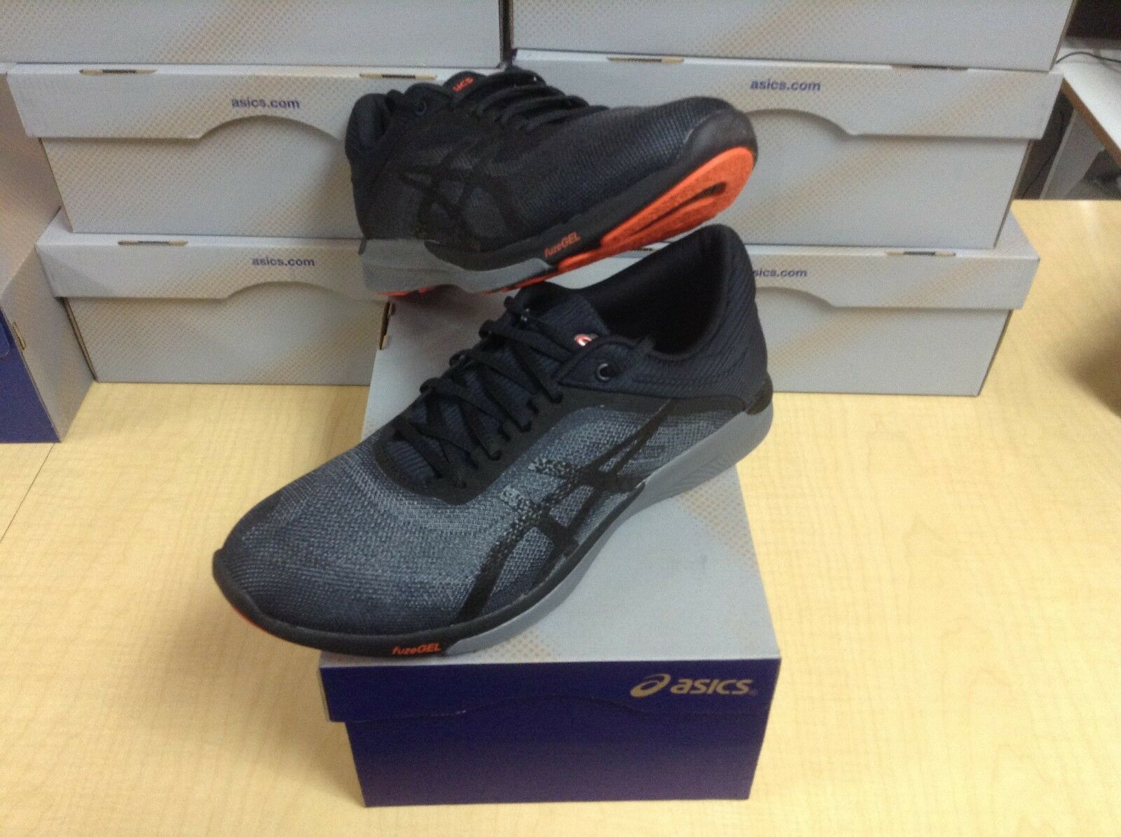 MEN'S ASICS - FUZEX RUSH (T718N-9097) - SIZE 11.5 - 40% OFF