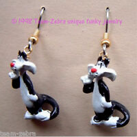 Funky Sylvester Cat Earrings-looney Tune Tweety Bird Mini Figure Costume Jewelry