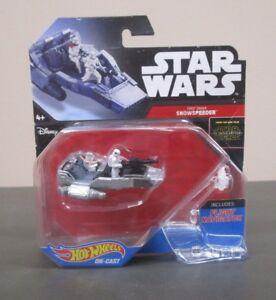 First Order Star Destroyer STAR WARS Die Cast Hot Wheels Starships Flight Stand