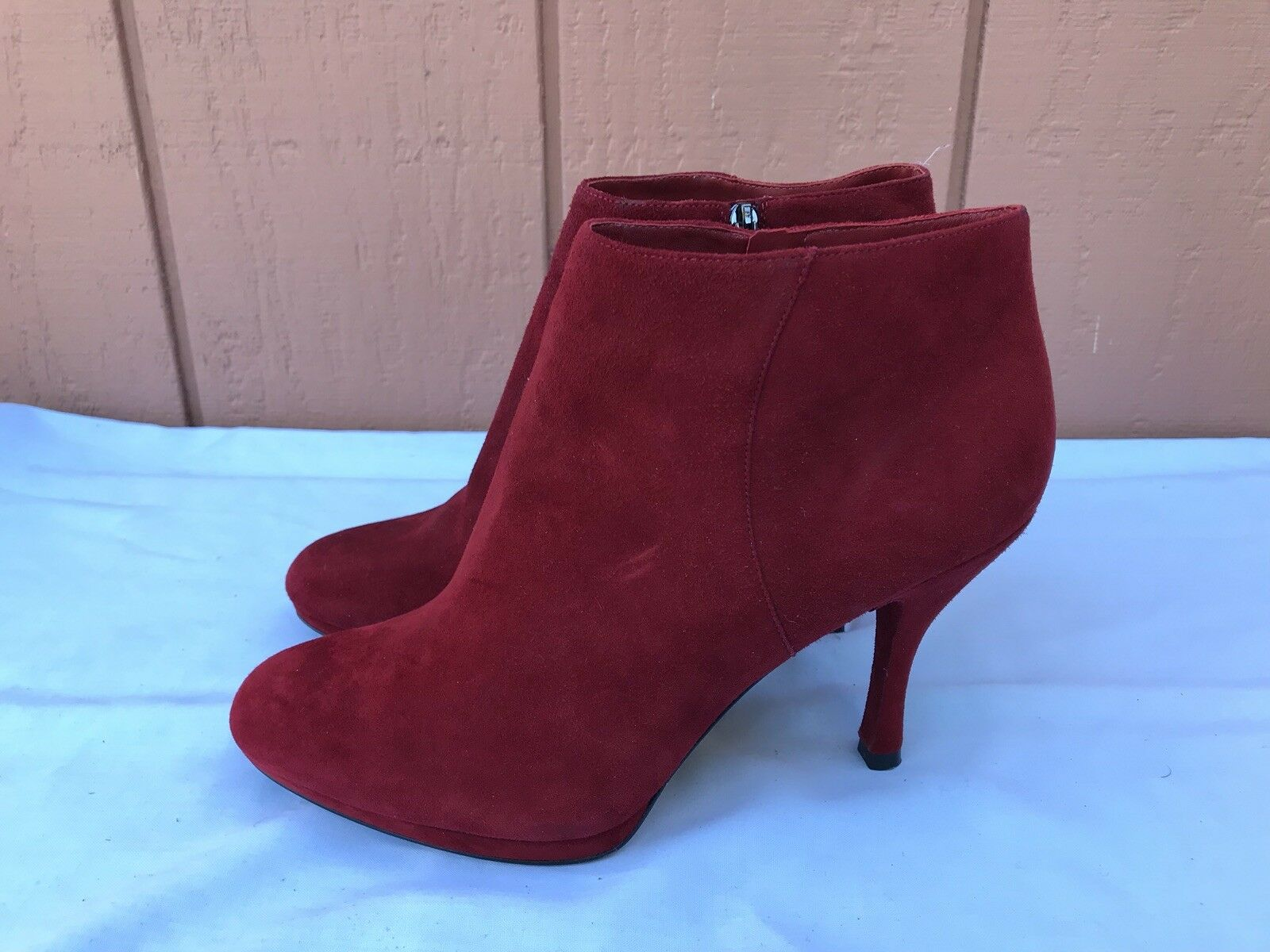 EUC VIA SPIGA Women's US 8.5 Red Suede Ankle Boots Booties Zip High Heel A9