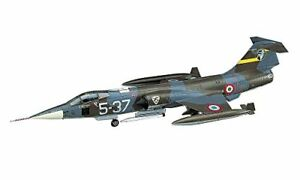 Hasegawa-1-72-Italian-Air-Force-F-104S-F-104G-Starfighter-Model-D17