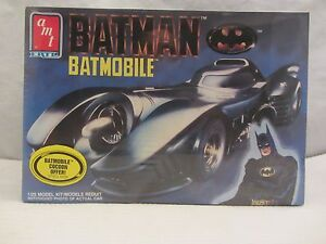 AMT / ERTL Batman Batmobile Model Kit NIB Sealed 1:25 scale (0116H) 6877