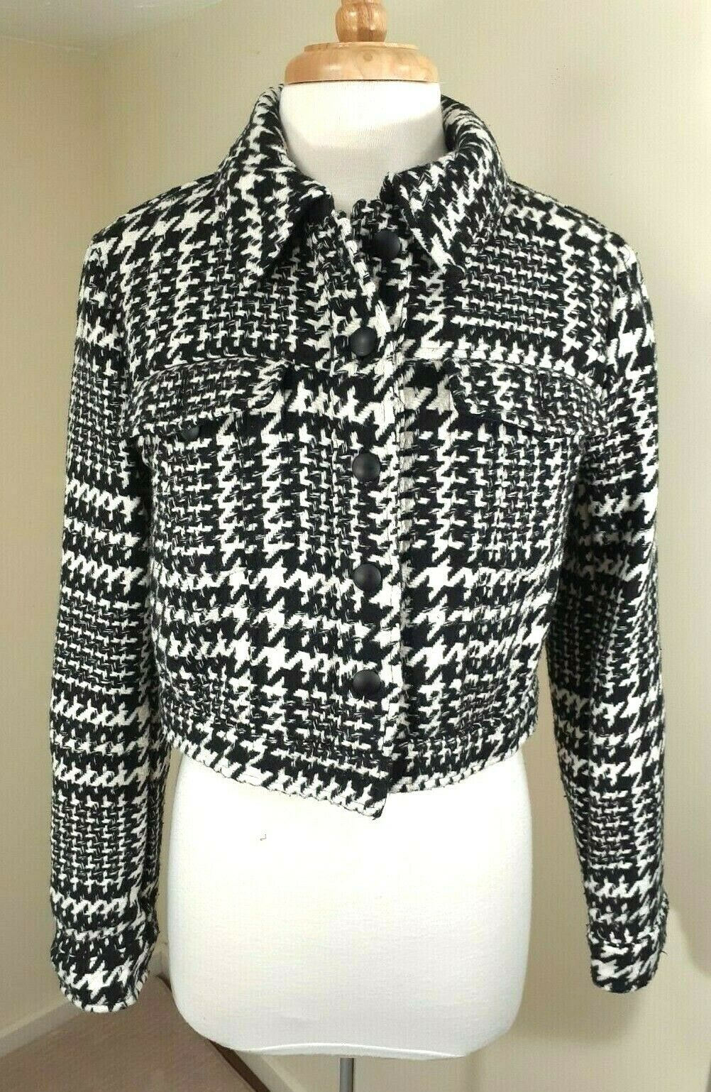 Forever 21 Women's Houndstooth Crop Jacket Black White Classic Chic Sz Med