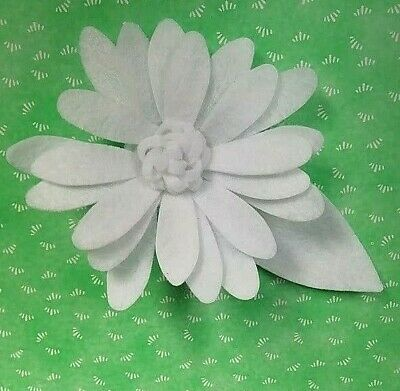 set of 3 sizzix bigz plus die cut kit felt daisy 663318 create a large bloom