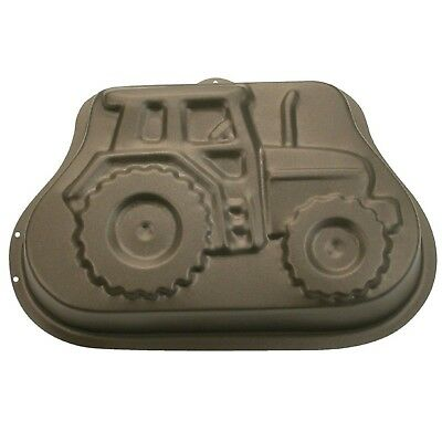 29.5 Cm Staedter Schorsch The Tractor Motif Baking Mold Brown